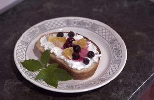 Бутерброды с творогом и фруктами (пошаговый фото рецепт)