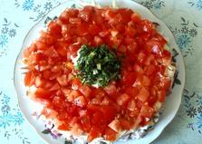 """Салат с колбасным сыром """"Красная шапочка"""" (пошаговый фото рецепт)"""