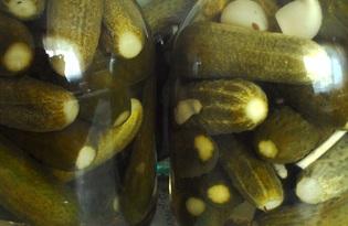 Маринованные огурцы на зиму (пошаговый фото рецепт)