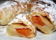 Слойки с персиковым джемом (пошаговый фото рецепт)