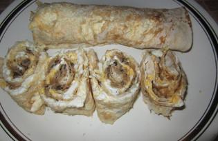 Закуска из лаваша с рыбной консервой (пошаговый фото рецепт)