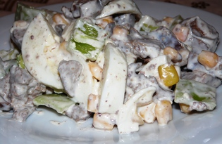 Теплый салат из куриной печени, болгарского перца и кукурузы (пошаговый фото рецепт)