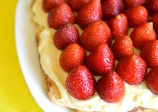Десерт из печенья и сметаны (пошаговый фото рецепт)