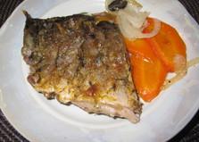 Запеченный карп в майонезно - горчичном соусе (пошаговый фото рецепт)