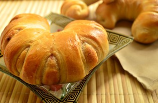 Аппетитные рогалики с джемом (пошаговый фото рецепт)