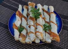 Сырные палочки из слоеного теста (пошаговый фото рецепт)