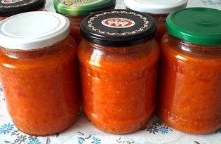 Кабачковая икра с помидорами на зиму (пошаговый фото рецепт)