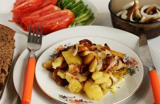 Жареный картофель по-деревенски (пошаговый фото рецепт)
