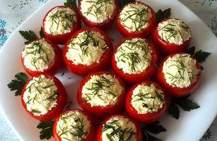Помидоры, фаршированные яйцами и сыром (пошаговый фото рецепт)