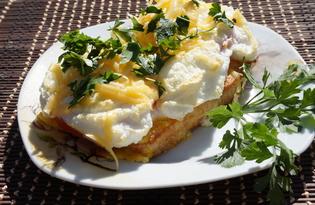 Гренки с яйцом в духовке (пошаговый фото рецепт)