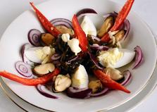 Салат с мидиями и морской капустой «Маринер» (пошаговый фото рецепт)