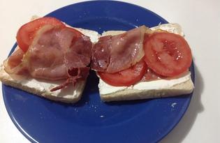 Сытные бутерброды с хамоном на завтрак (пошаговый фото рецепт)