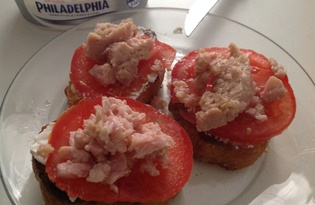 Жареный бутерброд с тунцом (пошаговый фото рецепт)