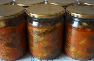 Огурцы в томатной заливке с чесноком на зиму (пошаговый фото рецепт)