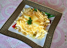 Слоеный салат с сыром и ананасами (пошаговый фото рецепт)