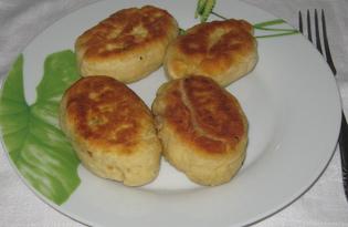 Жареные пирожки с рыбной консервой (пошаговый фото рецепт)