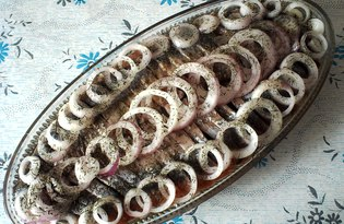 Сельдь с луком в масле (пошаговый фото рецепт)