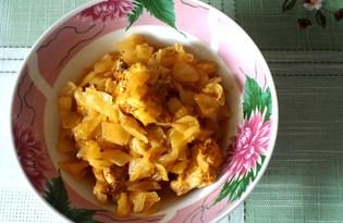 Курица тушеная в капусте (пошаговый фото рецепт)