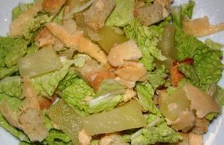Легкий салат с консервированными ананасами (пошаговый фото рецепт)
