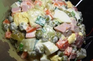"""Салат """"Оливье"""" с зеленым луком (пошаговый фото рецепт)"""
