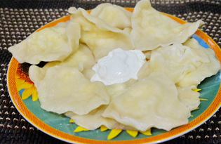 Вкусные вареники с творогом (пошаговый фото рецепт)