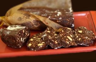 Шоколадная колбаса со сгущенкой (пошаговый фото рецепт)