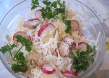 Салат из кольраби и редиса (пошаговый фото рецепт)