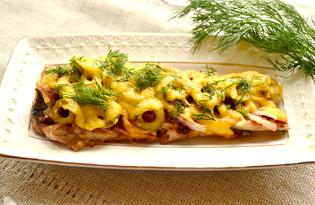 Филе минтая, запеченное под луком и оливками (пошаговый фото рецепт)