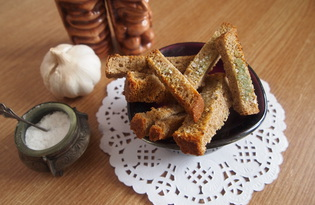 Сухарики с чесноком и паприкой (пошаговый фото рецепт)