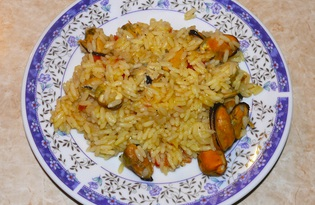 Рис с мидиями (пошаговый фото рецепт)