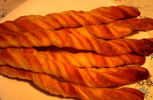 """Слоеное печенье """"Верёвочки"""" (пошаговый фото рецепт)"""