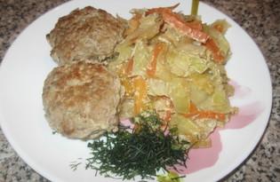 Тефтели тушеные с капустой (пошаговый фото рецепт)