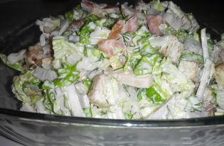 Салат с пекинской капустой,помидором, сухариками и ветчиной (пошаговый фото рецепт)