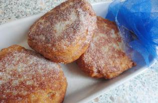 Сладкие пончики с яблоками на сковороде (пошаговый фото рецепт)