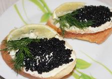 Бутерброды с черной икрой (пошаговый фото рецепт)