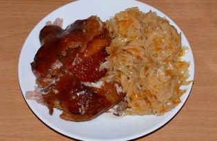 Свиная рулька по-баварски с тушеной капустой (пошаговый фото рецепт)