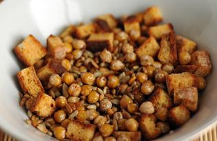 Закуска из нута и сухариков с семечками (пошаговый фото рецепт)