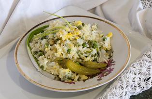 Жареный рис с яйцом и зелёным горошком (пошаговый фото рецепт)