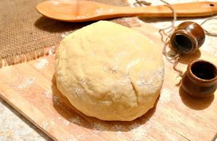 Простое тесто на молоке и дрожжах (пошаговый фото рецепт)