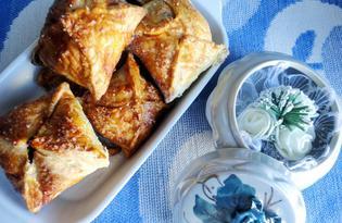 Слоеные конвертики с вишней (пошаговый фото рецепт)
