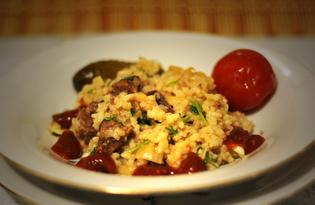 Тушеная говядина с луком и рисом по-домашнему (пошаговый фото рецепт)