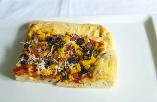 Пицца с копченостями и кукурузой (пошаговый фото рецепт)