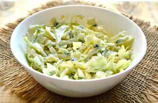 Простой салат с капустой и яйцом (пошаговый фото рецепт)