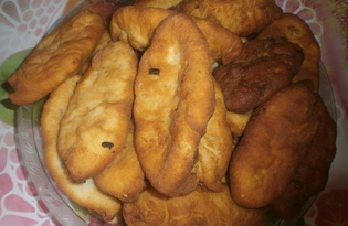 Жареные пирожки с квашеной капустой (пошаговый фото рецепт)