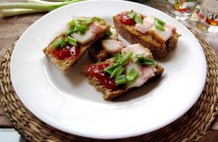 Закусочные бутерброды с салом (пошаговый фото рецепт)