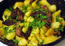 Жареная оленина с отварным картофелем (пошаговый фото рецепт)