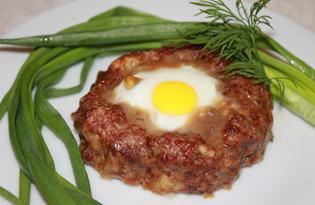 Гнезда из фарша с яйцом (пошаговый фото рецепт)