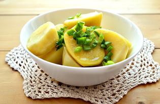 Отварной картофель с оливковым маслом и зеленым луком (пошаговый фото рецепт)