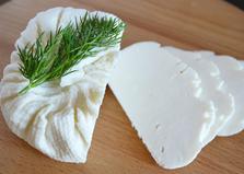 Брынза по-домашнему с пепсином (пошаговый фото рецепт)