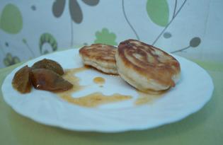 Вкусные пышные оладушки на кефире (пошаговый фото рецепт)